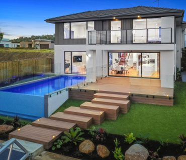 Glass Swimming Pool Fencing in Melbourne   Clear Brilliance
